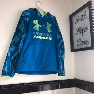 Youth Under Armour hoodie size S/M